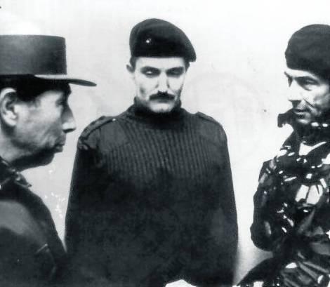 Encuentro generales Menéndez y Moore 14-6-1982, casa del gobernador en Malvinas