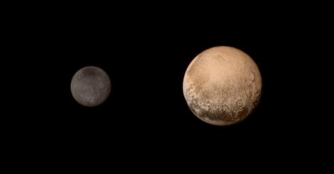 Plutón y Caronte fotografiadas por la sonda New Horizons tras viajar cinco mil millones de km desde enero 2006